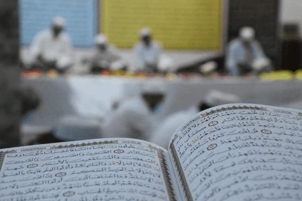 أهل القرآن ... علم  تقوى  وسطية  أخلاق